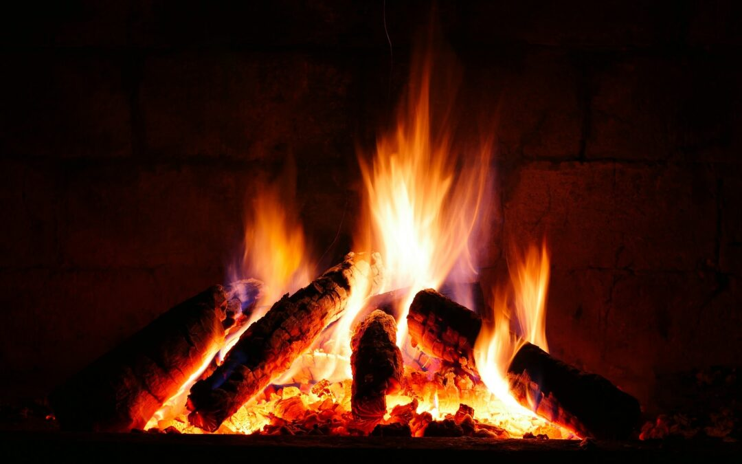 Why Does My Fireplace Smoke? – 11 Causes of a Smoky Fireplace and Their Solutions